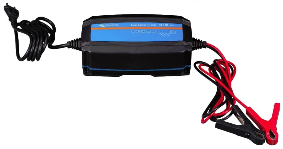 9a23c5c65c2 Зарядное устройство Victron Energy Blue Smart IP65 Charger 12/10  (BPC121031064R) ...